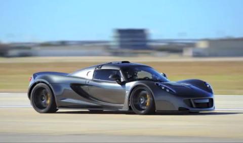 Hennessey Venom GT bate el récord de velocidad: 427,6 km/h