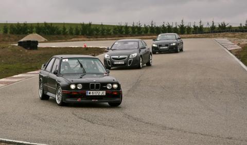 Este BMW M3 E30, con especificaciones casi del DTM es ya un habitual en nuestros Track Day.