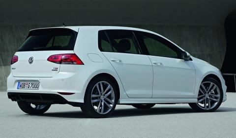 Volkswagen Golf R-Line zaga