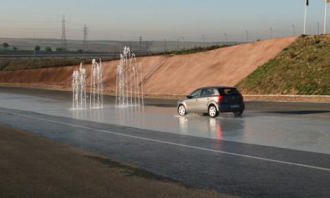 Bosch saca al tráfico real un coche que circula solo