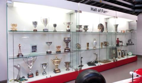 Trofeos centro toyota motorsport