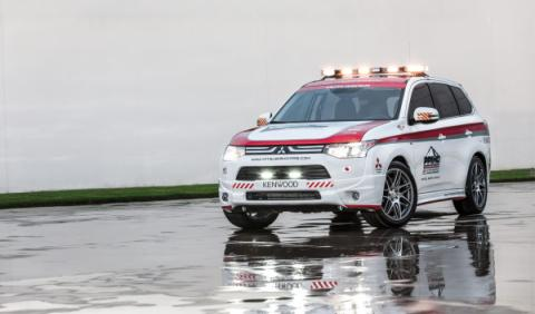 mitsubishi outlander safety car pikes peak 2013
