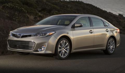 Toyota llama a revisión a 885.000 vehículos