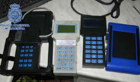 manipular cuentakilómetros