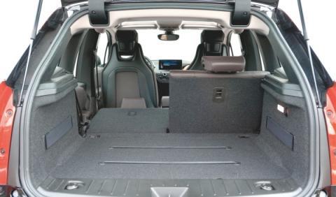BMW i3 maletero