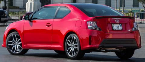 Scion tC rival Honda Civic Coupé