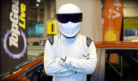 Disfruta una vuelta en 360º con The Stig y el SLS Black Series