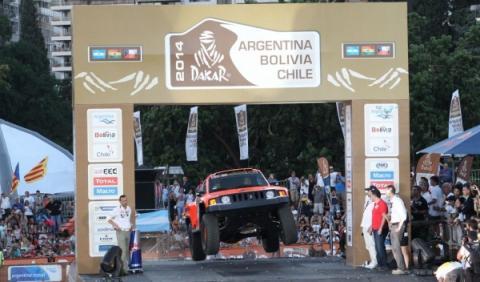 Dos periodistas argentinos mueren en el Rally Dakar 2014