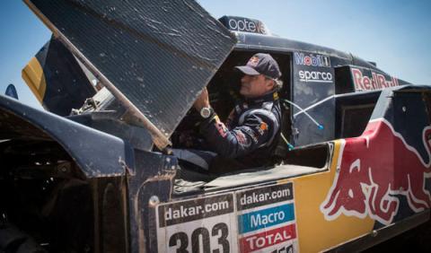 Rally Dakar 2014, etapa 9: Carlos Sainz casi abandona
