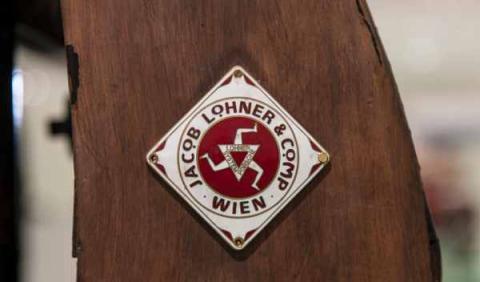emblema lohner porsche p1