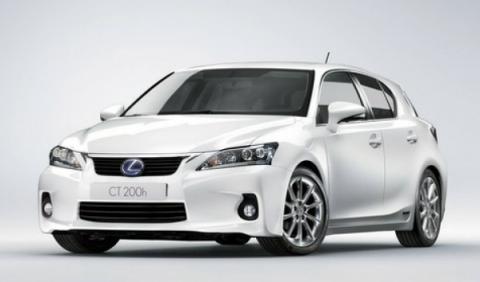 Lexus matricula su híbrido 5.000 en España