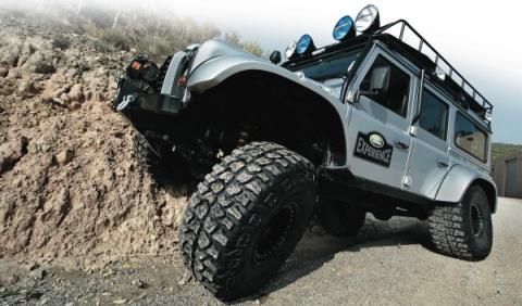 land-rover-defender-big-foot-frontal
