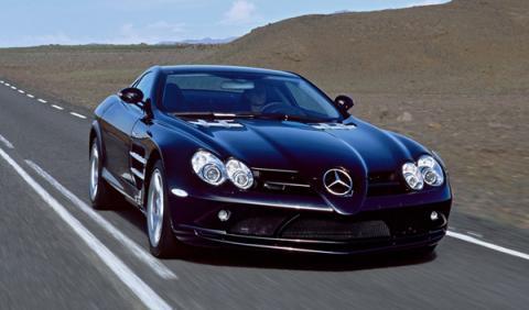 Dos probadores de coches mueren en un Mercedes SLR McLaren