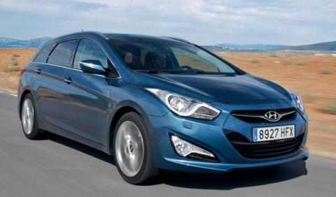 Hyundai-i40-CW-exterior-delantera