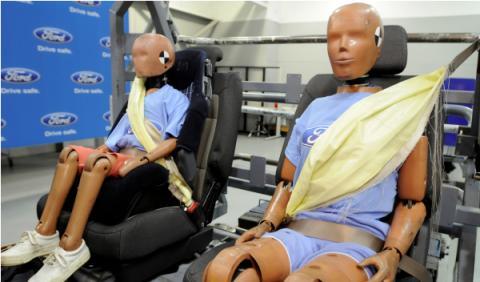 El nuevo Ford Mondeo tendrá cinturón de seguridad hinchable