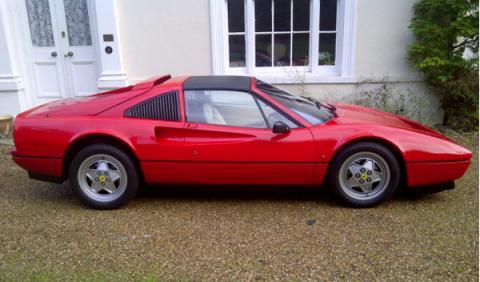 El Ferrari 328 GTS de Chris Evans sale a subasta