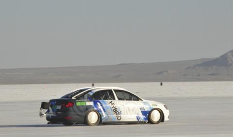 Volkswagen Jetta, el híbrido más rápido de su categoría