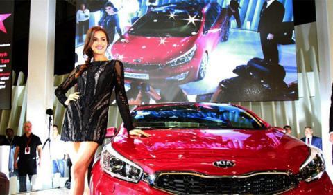 Irina Shayk, la nueva imagen del Kia pro cee'd