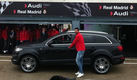 entrega coches audi jugadores real madrid albiol