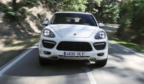 Porsche Cayanne GTS, frontal