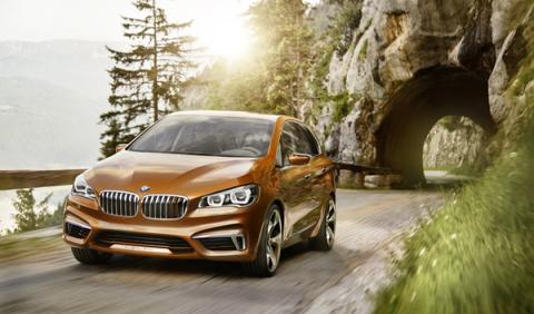BMW Concept Active Tourer Outdoor frontal izquierda