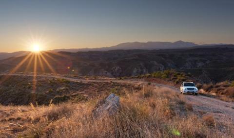 El Mercedes GLK 2014, cazado en el Valle de la Muerte