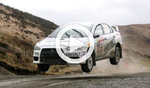¿El piloto de rally más torpe del mundo?