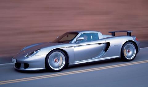 2 millones de euros en coches: 5 Porsche Carrera GT juntos