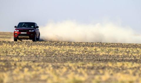 range-rover-empty-quarter-4