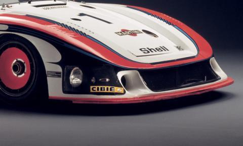 Un Porsche 935 Moby Dick creado con Lego