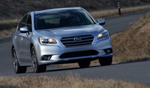Subaru Legacy 2015 delantera