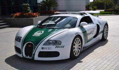 El que faltaba: un Bugatti Veyron para la Policía de Dubai