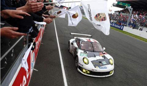 Porsche 911 RSR Le Mans