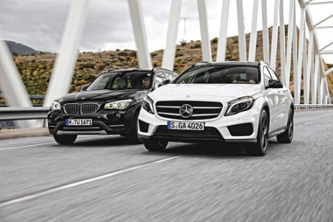 Mercedes GLA y BMW X1 frontal