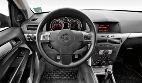 Opel Astra SW Segunda Mano interior