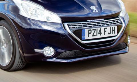 El Peugeot 208 Cabriolet podría llegar en 2015