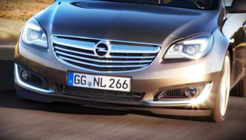 Frontal del Opel Insignia 2013