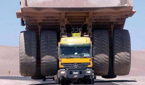 Cómo transportar más de 300 toneladas de golpe