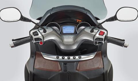 nuevo Piagio MP3 500 relojes