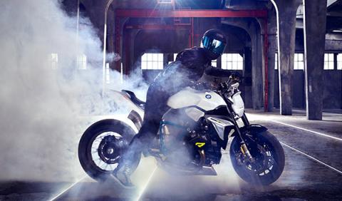 BMW Concept Roadster acción
