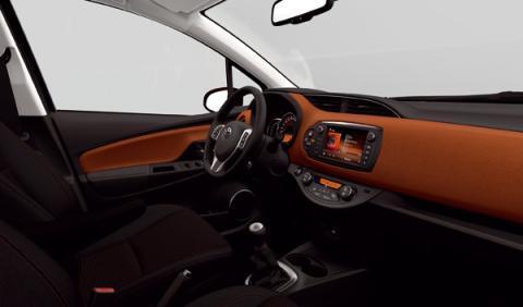 Toyota Yaris 2014 interior