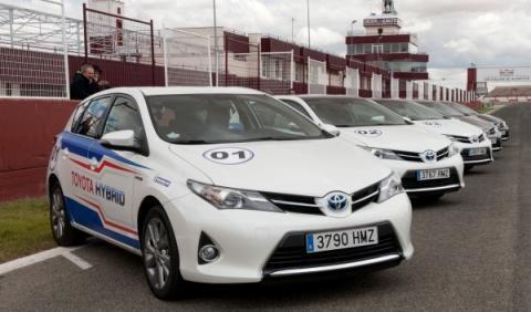 24-h-híbridas-Toyota-Auris-Hybrid
