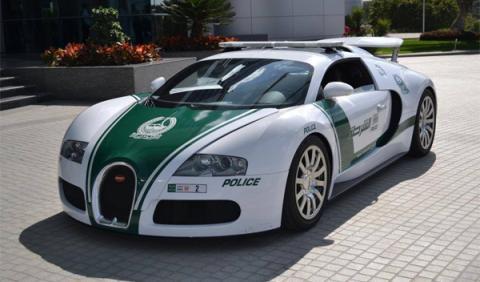 Los coches de Policía más rápidos del mundo están en Dubai