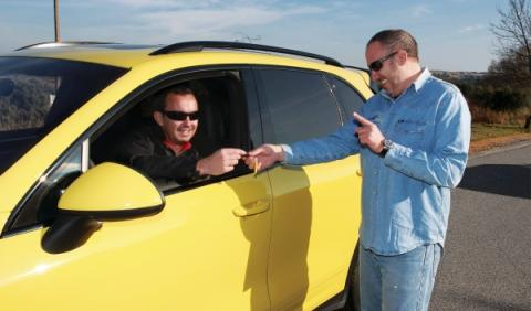 No habrá multa por compartir coche entre particulares