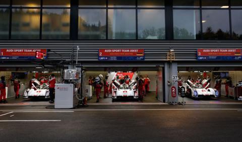 boxes Audi Le Mans