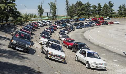 El Peugeot 205 GTi cumple 30 años