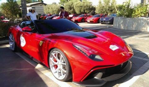 Ferrari F12 TRSfrontal