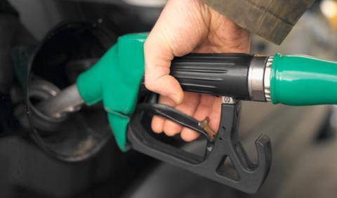 El precio de la gasolina marca máximos anuales