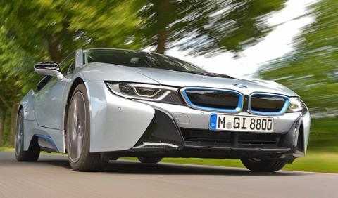 BMW i8 dinámica