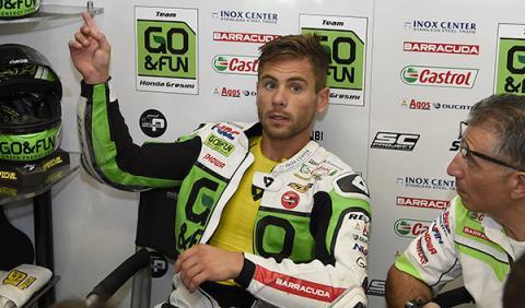 Álvaro Bautista podría pilotar la Aprilia MotoGP 2015